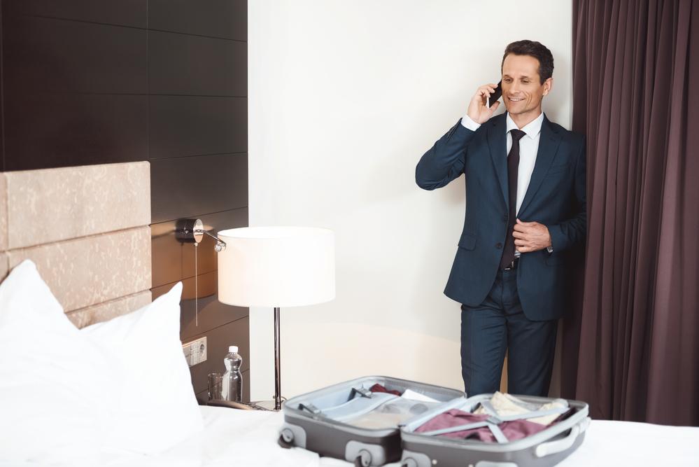 Quais são os tipos de hotéis preferidos pelos homens? (Foto: Depositphotos_168708878_s-2019)