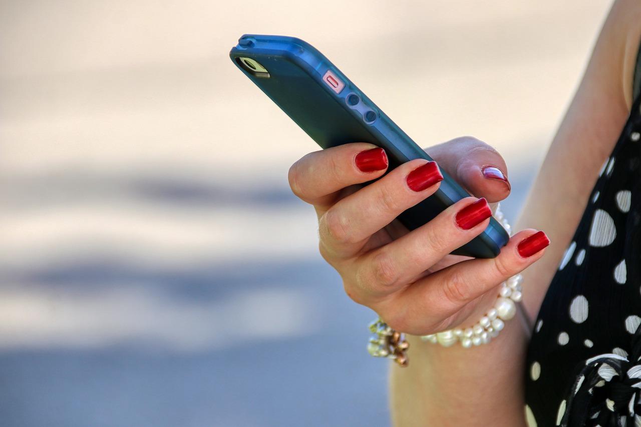 Como conversar com uma mulher pelo WhatsApp? (Foto: pixabay)