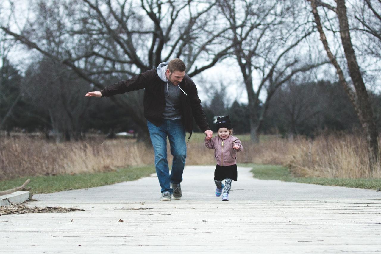 Como ser um ótimo pai tutor (Foto de Josh Willink no Pexels)