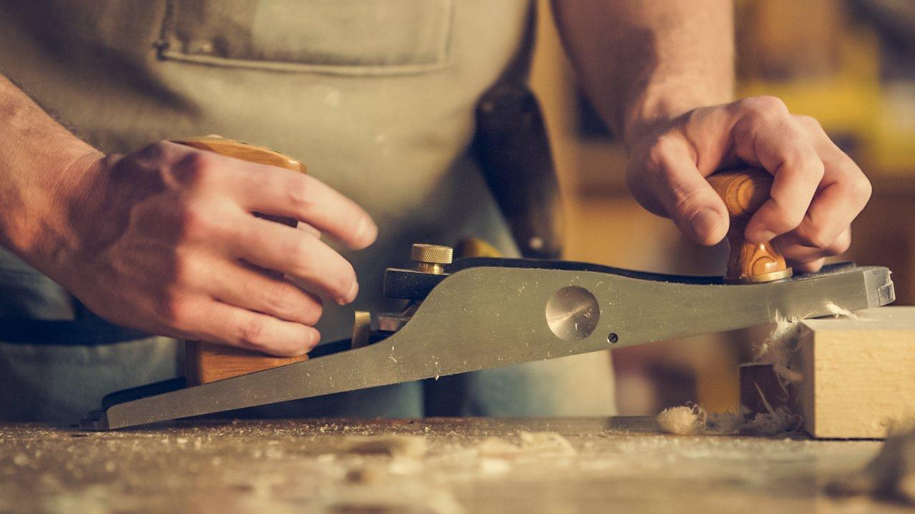 Aprenda a conquistar clientes para seu negócio de marcenaria